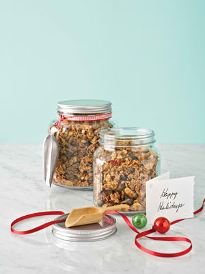 Honey Granola in a Jar